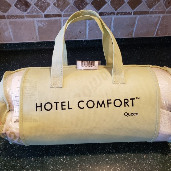 Hotel Comfort Other - Brand new!  Hotel Comfort pillow!